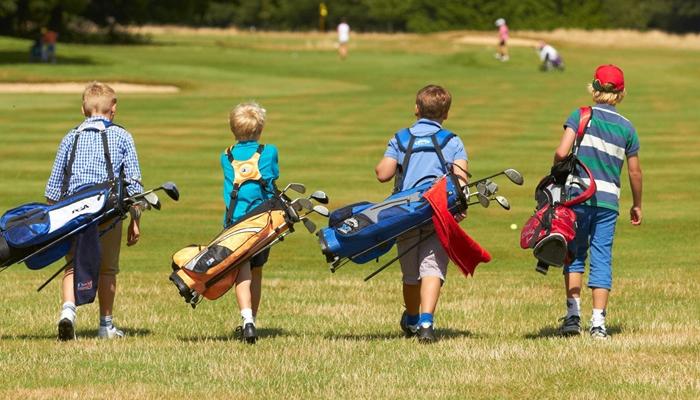 Lưu ý khi chọn gậy golf cho trẻ em